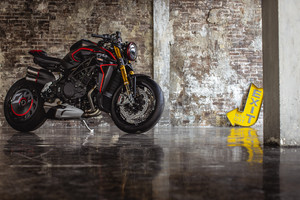 MV Agusta Rush 1000, la hyper naked ispirata a 'drag strip' (ANSA)